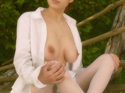 Busty brunette with big nipples outdoor