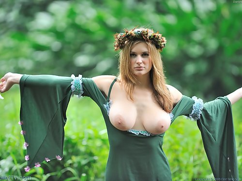 Busty medieval chick flashing her tits