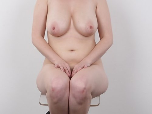 Casting pics of a chubby short-haired amateur with big tits