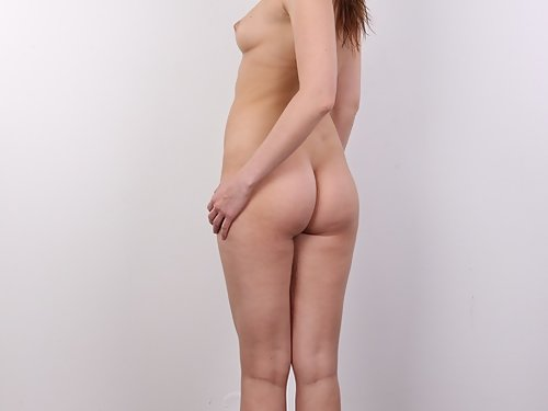 Casting pics of a shaved redhead with freckled