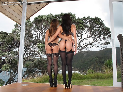 Lesbian hotties Vicki and Sara spread and lick each other