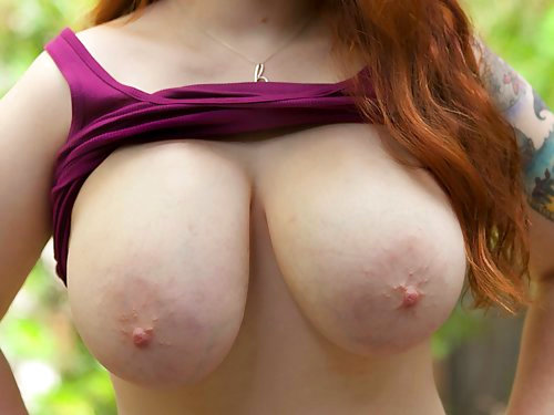 Kaycee Barnes Big Natural Boobs